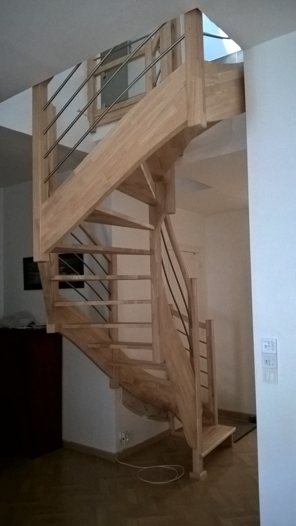 escalier en bois apres la baule